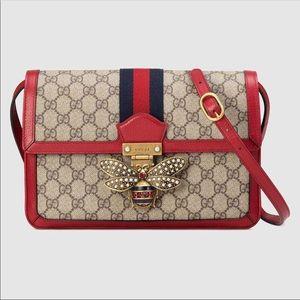 Gucci Queen Margaret GG Supreme Shoulder Bag